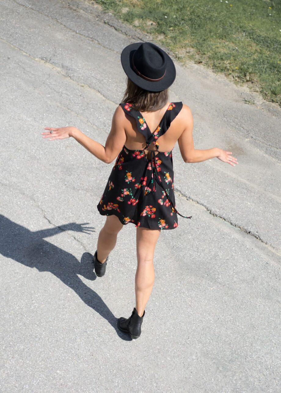 Niki short dress flowers black
