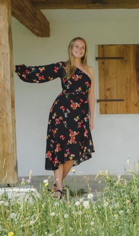Karen Dress floral black