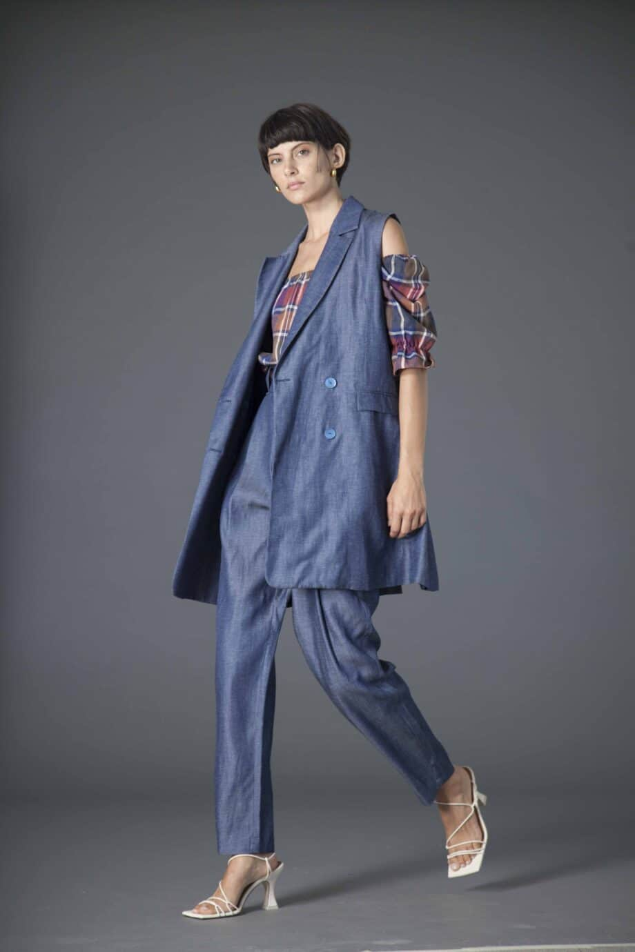 Mila Gilet linen and tercel